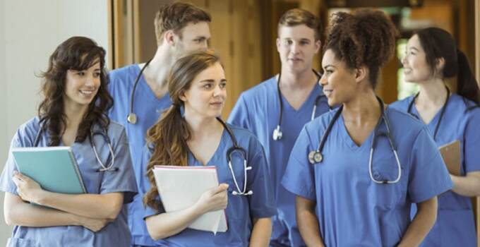 11 Nursing Schools With High Acceptance Rates in 2022